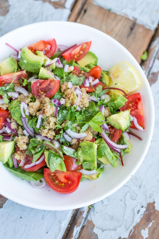 Amaranth Salade met Snijbiet, Avocado en Koriander // Rosalie Ruardy Blog